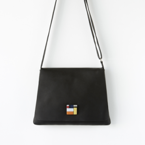 crossbody bag in black leather